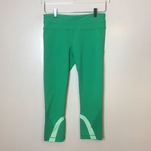 Lululemon Pace Revival Crop Pants. Size 6